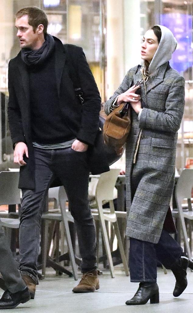 Alexander Skarsgard dating historie Dr. Paul doble din dating