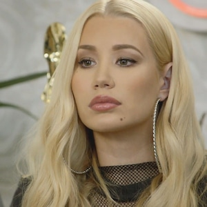 Iggy Azalea, Hollywood Medium 303