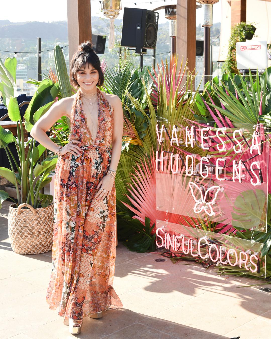 ESC: Vanessa Hudgens