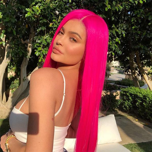 Kylie Jenner, Hot Pink Wig