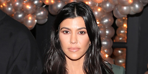 4042bdcce73242 This Is How Kourtney Kardashian Keeps Her Body Ridiculously Fit