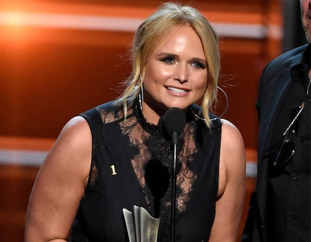 miranda lambert makes history at 2018 acm awards i cannot believe this e news. Black Bedroom Furniture Sets. Home Design Ideas