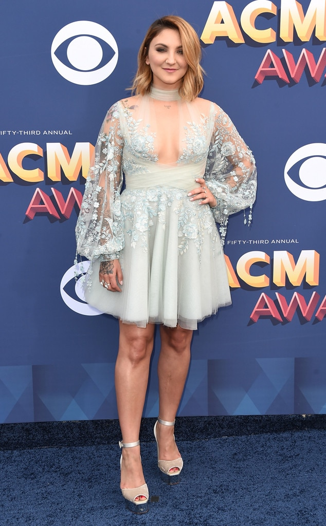Julia Michaels, Academy of Country Music Awards 2018