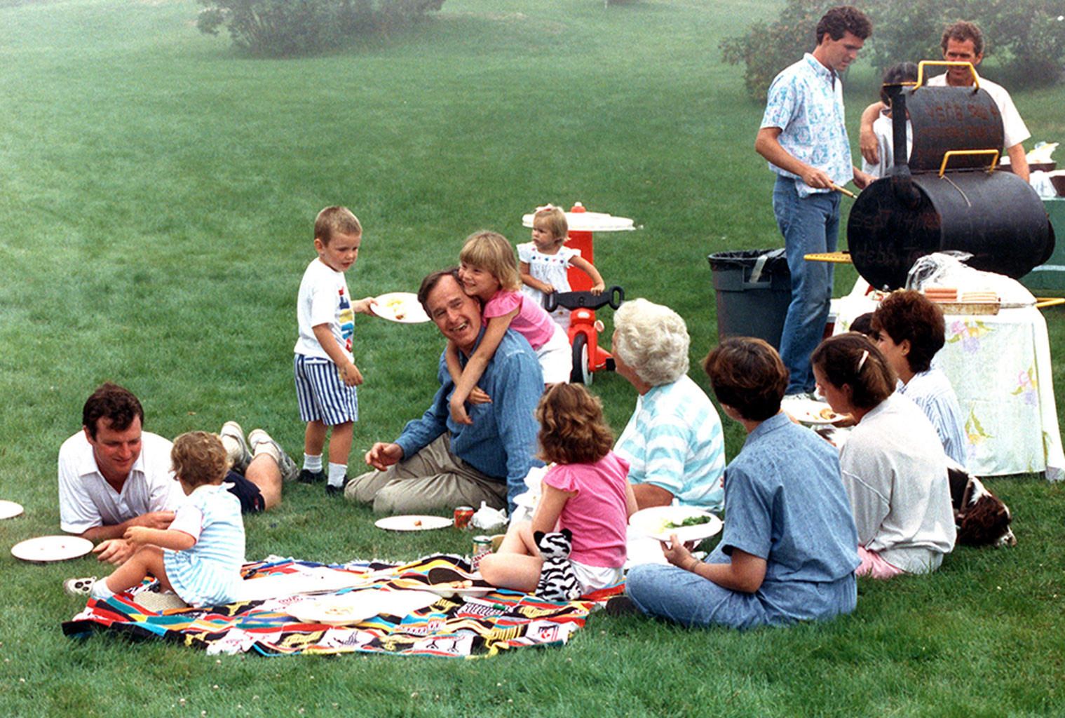 George H.W. Bush, Barbara Bush, grandchildren
