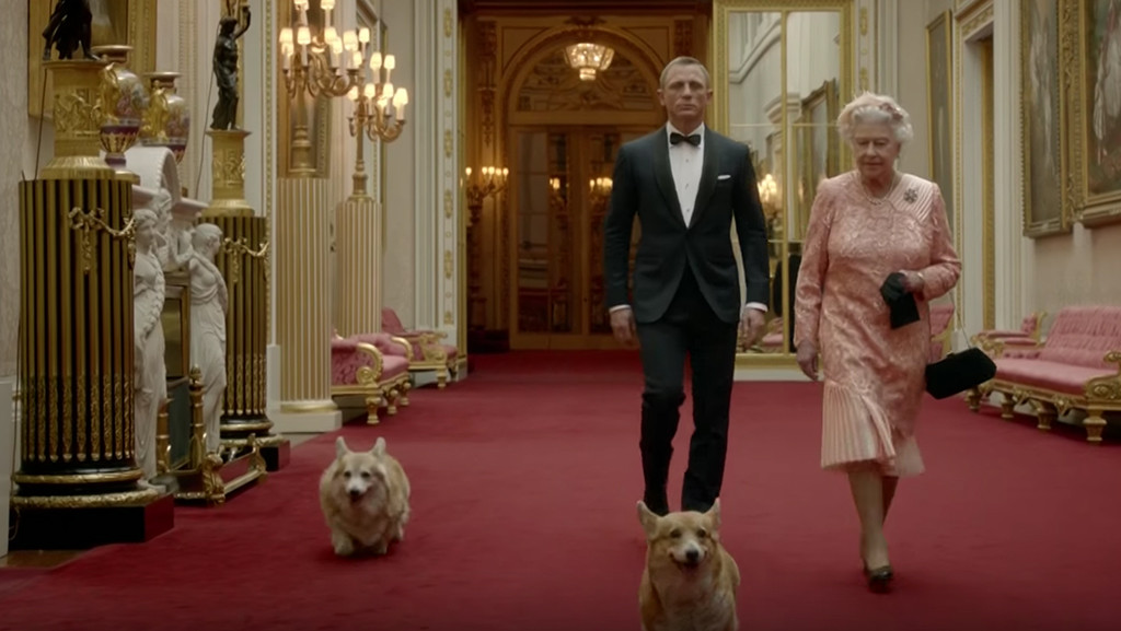 Queen Elizabeth II, Daniel Craig, Corgi, Dog, Olympics