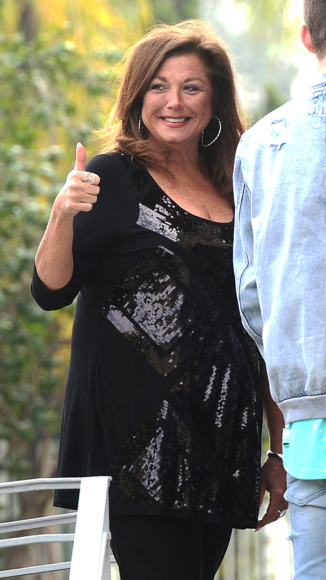 Abby Lee Miller, Thumbs Up, Easter