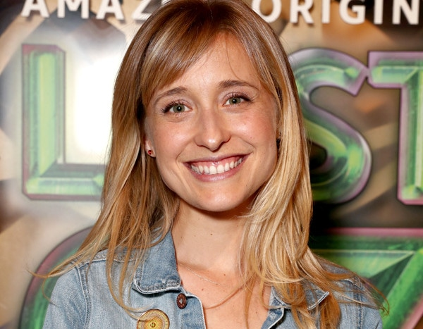 Allison Mack and the Story of NXIVM: Inside the Alleged Sex ...