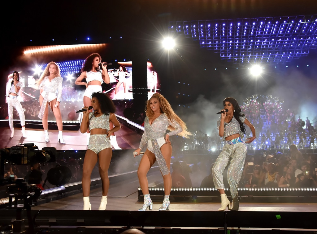 Destiny's Child -  Beyoncé, Kelly Rowland and Michelle Williams gather onstage together for a Destiny's Child reunion at the 2018 show.