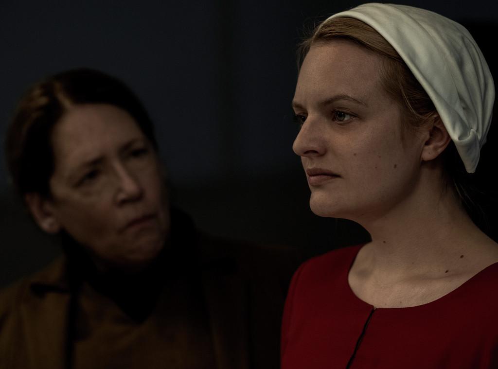 Elisabeth Moss, Ann Dowd, The Handmaid's tale