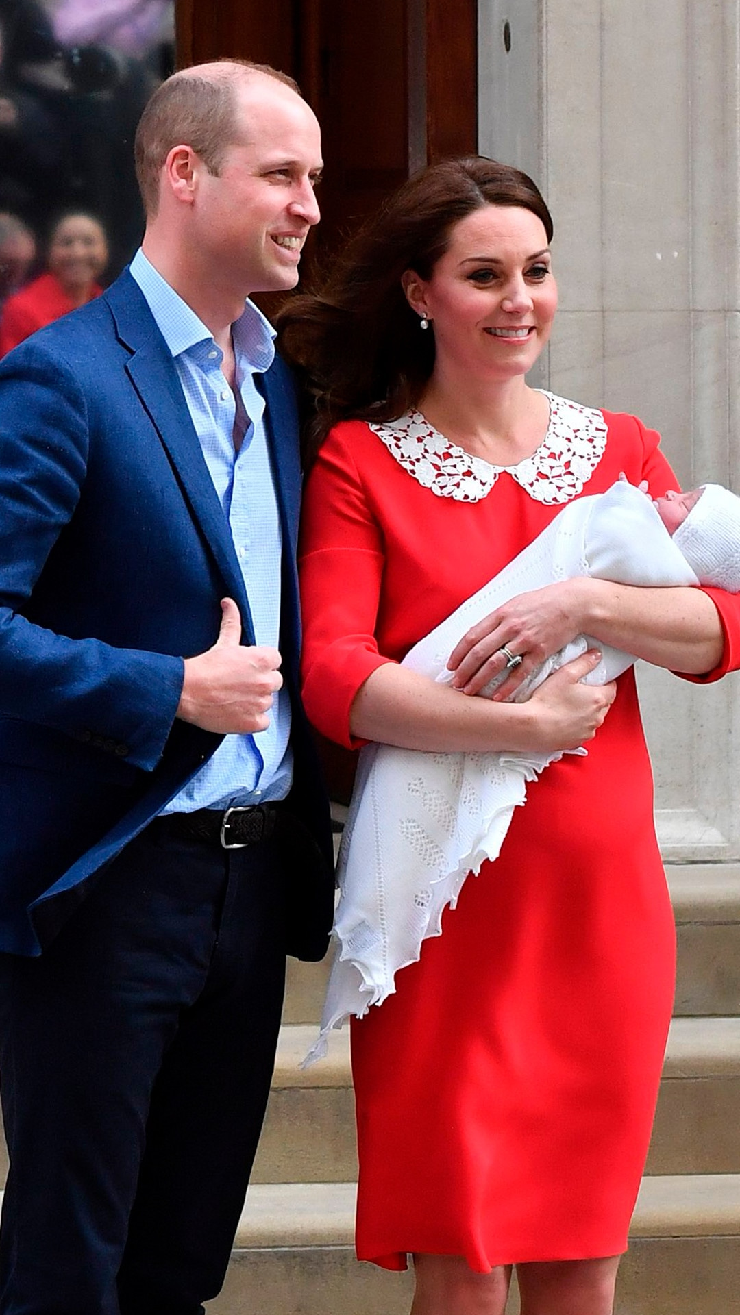 ESC: Kate Middleton, Prince William, Baby Three