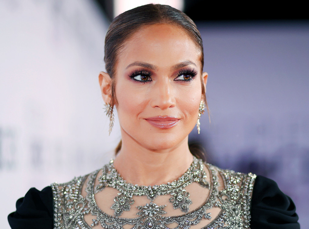 This Is Why Jennifer Lopez Seems To Be Aging In Reverse E Online Uk