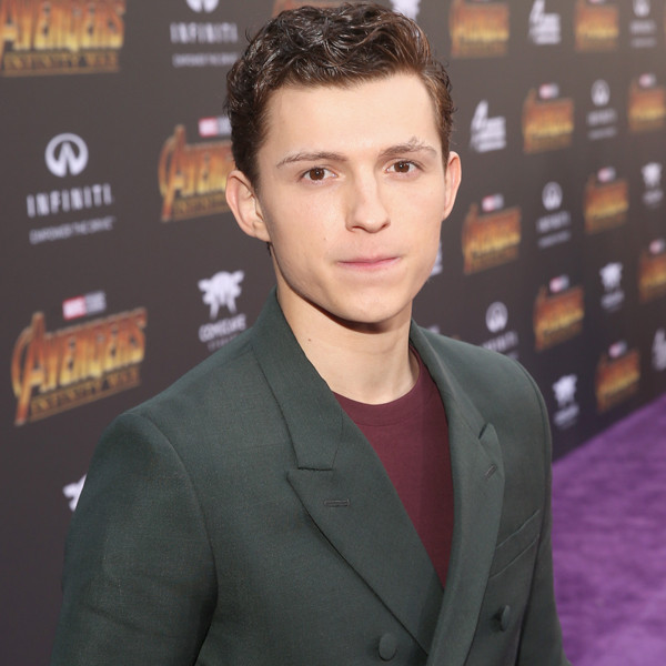Spiderman homecoming actress dating tom holland