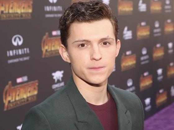 &iexcl;Mira c&oacute;mo luce Tom Holland en el nuevo traje de <i>Spider-Man</i>!