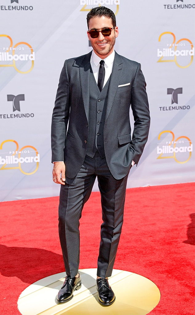 Miguel Angel Silvestre, 2018 Billboard Latin Music Awards