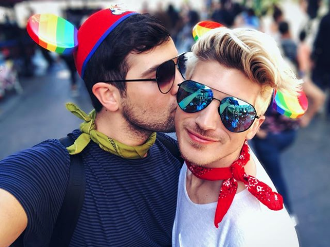 Disney, gay