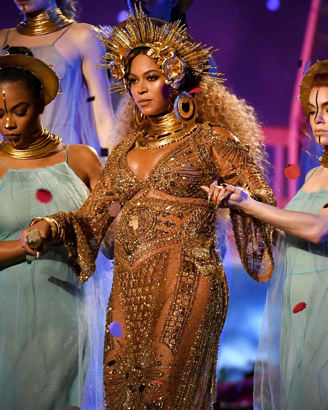 ESC: Beyonce, Festival Headliners