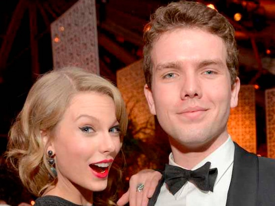 Taylor Swift Has a <i>Game of Thrones</i> Easter Egg Battle With Brother Austin