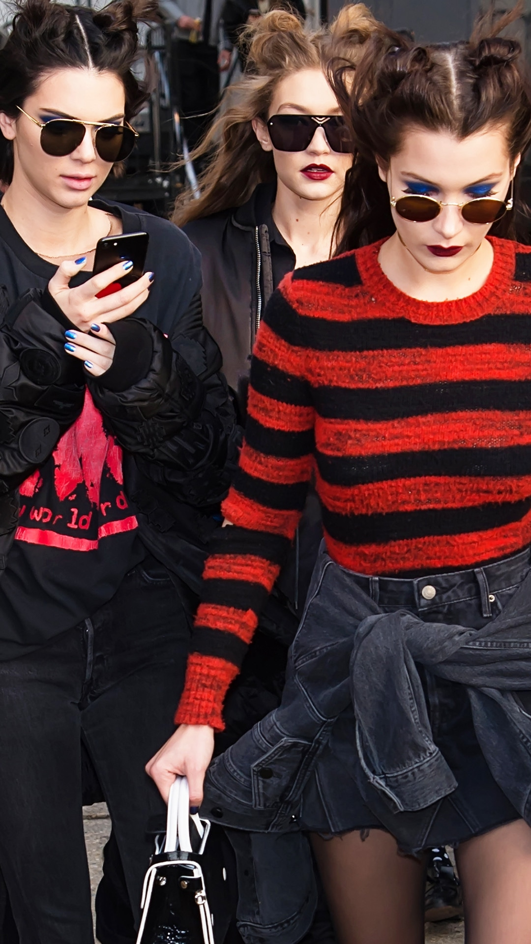 ESC: Kendall Jenner, Gigi Hadid, Bella Hadid