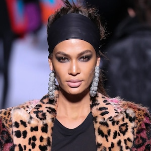ESC: E!ssentials, Joan Smalls