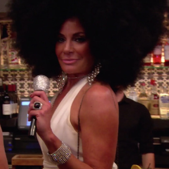 luann de lesseps addresses controversial diana ross halloween costume i in no way altered my skin color e news