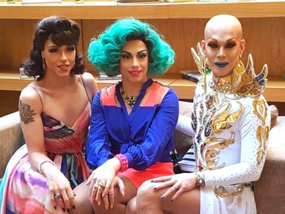 Apresentadoras de Drag Me As a Queen vibram com vitórias de RuPaul's Drag Race no Emmy 2018