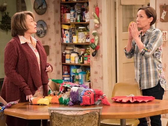 Reaction to <i>Roseanne</i> Spinoff <i>The Conners</i> Is Mixed Among Fans