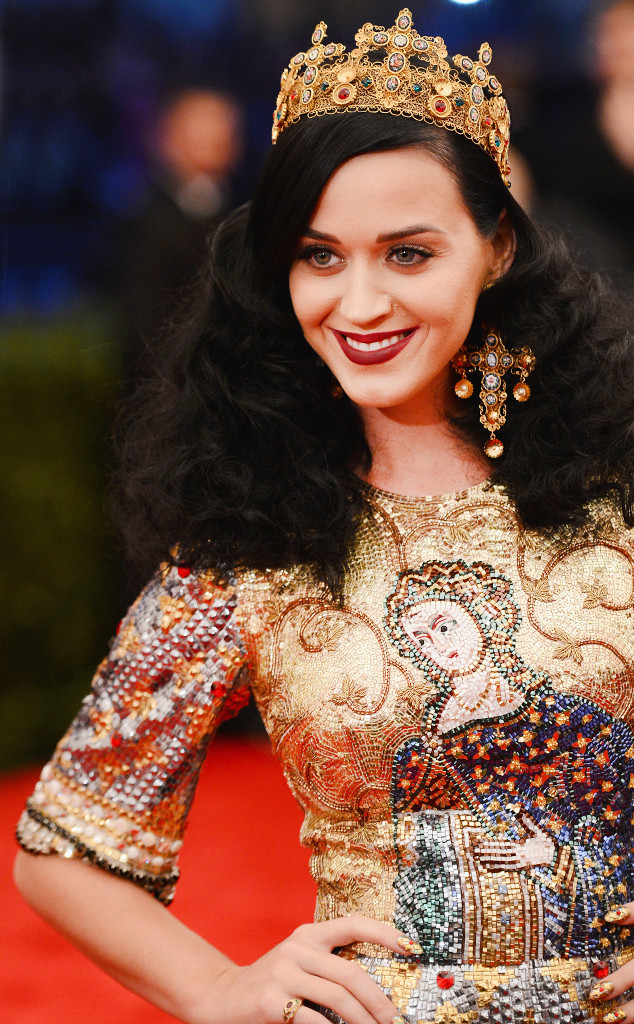 ESC: Katy Perry, Fashion and Religion