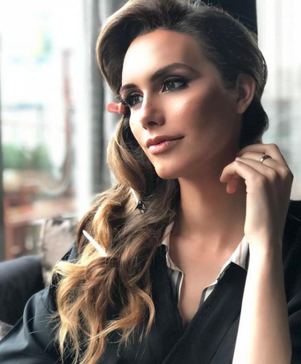 Angela Ponce, Miss España
