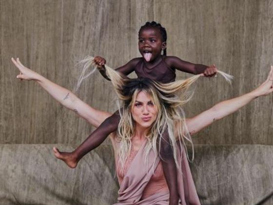 Giovanna Ewbank se declara para Titi no aniversário de 5 anos dela