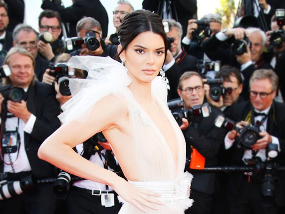 Kendall Jenner Clarifies Her Controversial Modeling Comments