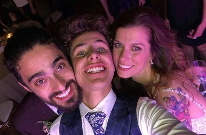 Cristina, Juan, Juanpa Zurita