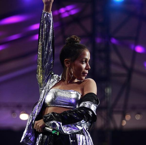 Anitta, Cosmopolitan Mexico