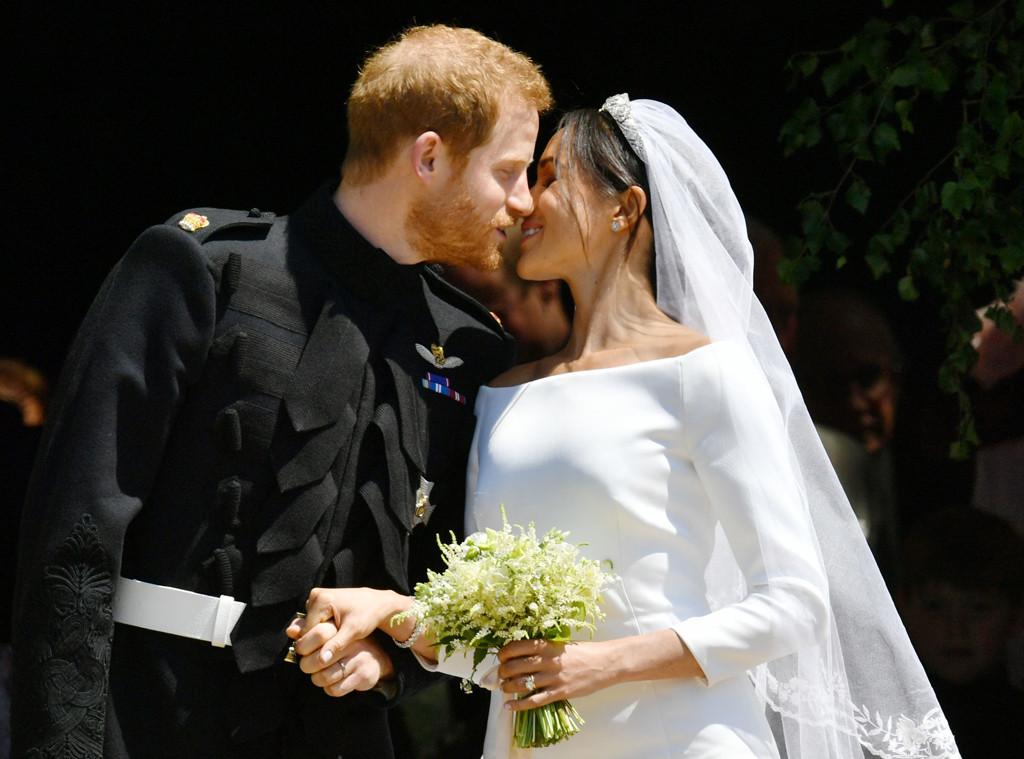 Prince Harry, Meghan Markle, Royal Wedding, Kiss