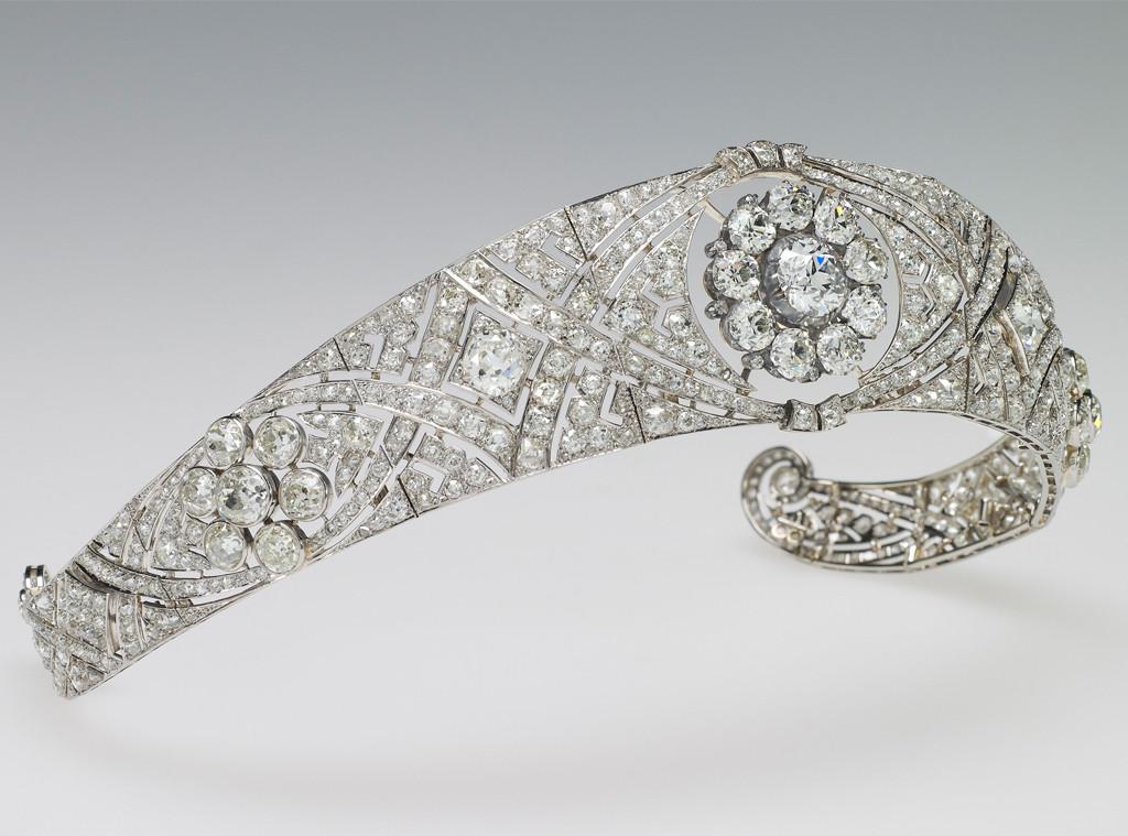 breaking down meghan markles royal wedding tiara e news