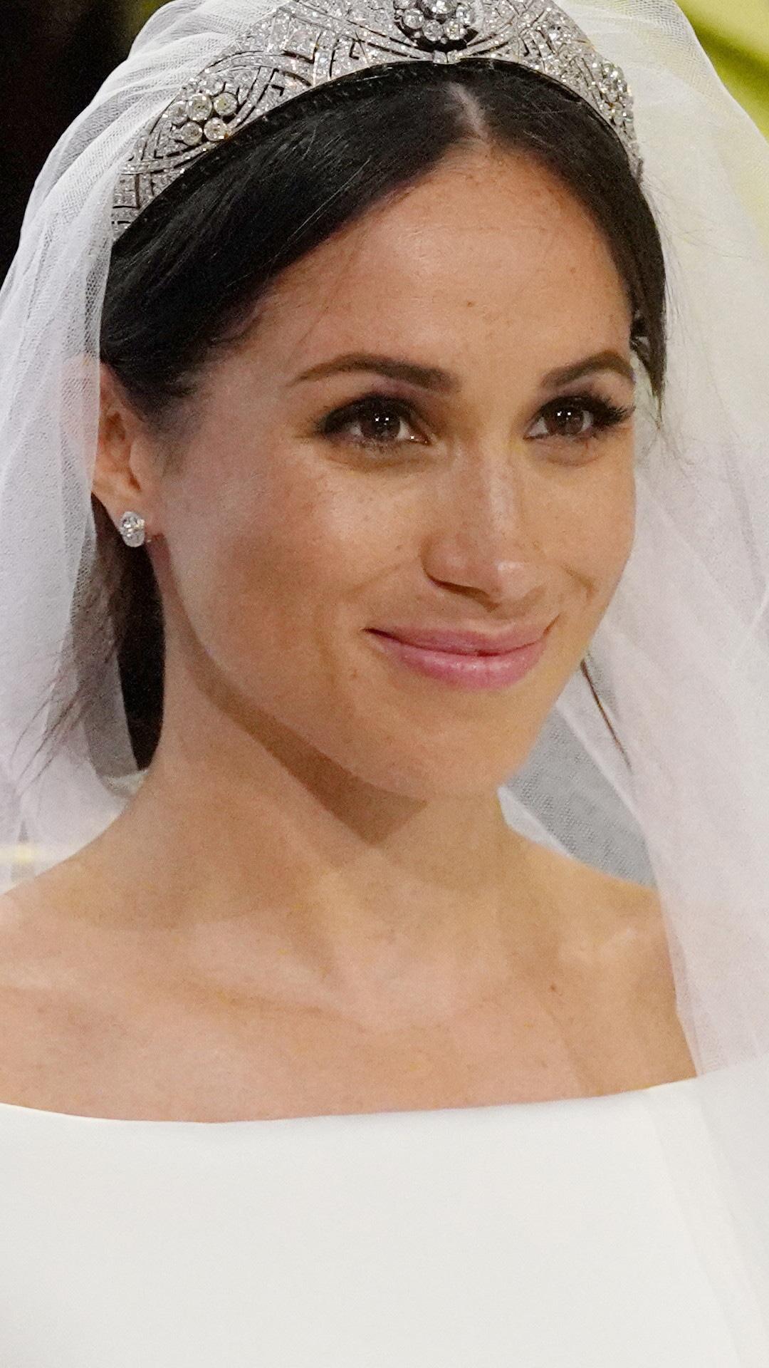 ESC: Meghan Markle, Wedding, beauty
