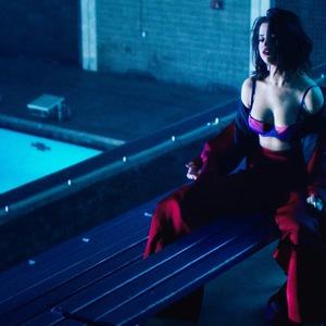 ESC: Selena Gomez, Saturday Savings