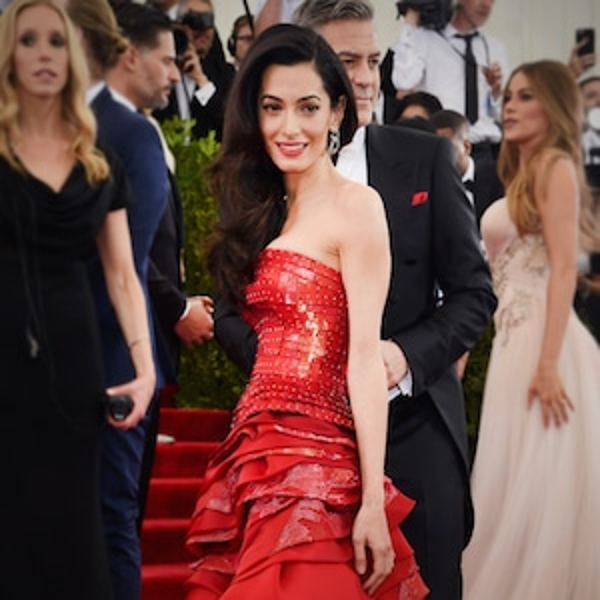 ESC: Amal Clooney, Red Carpet Etiquette