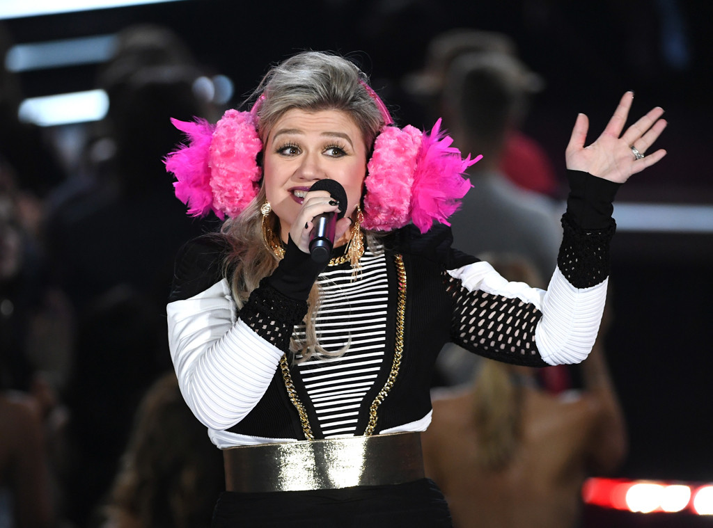 Kelly Clarkson, 2018 Billboard Music Awards