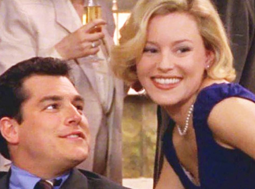 """Elizabeth Banks -  Long before her Pitch Perfect  days, the actress appeared in """"Politically Erect"""" (Season 3) as the significant otherof a politician who attends Carrie's boyfriend's fundraising party."""