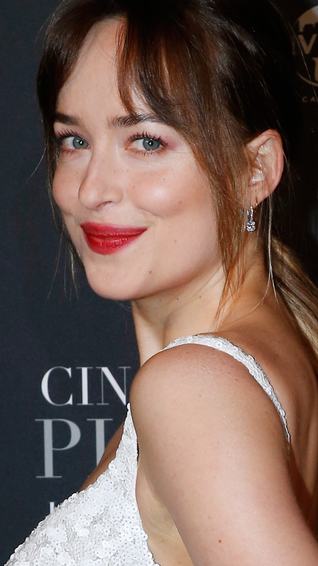ESC: Dakota Johnson