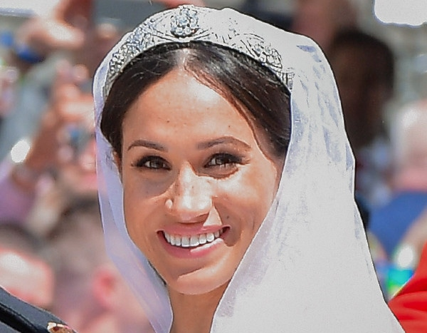 Watch Meghan Markle See Her Final Bridal Gown Ahead of Royal Wedding