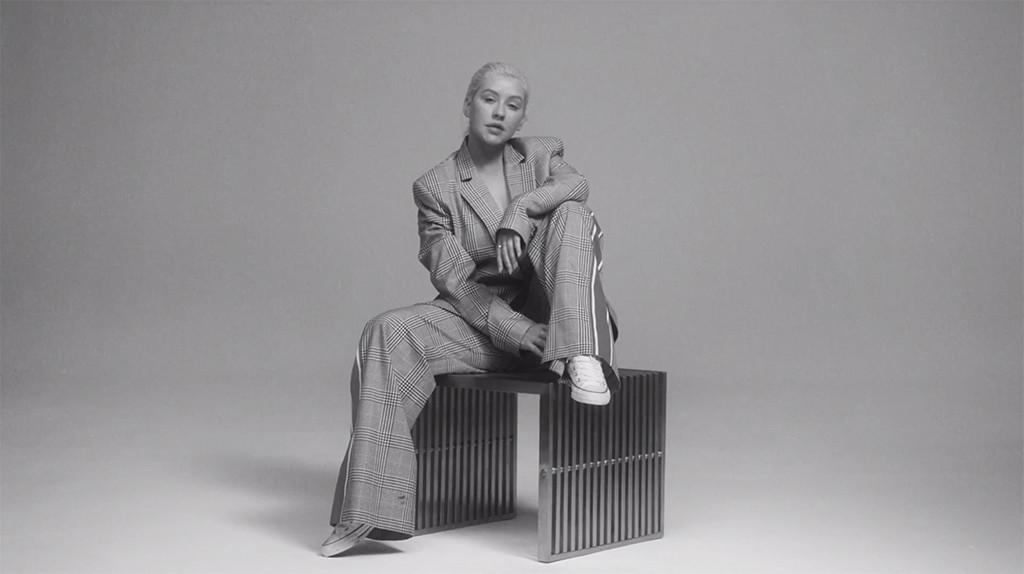Christina Aguilera, Accelerate