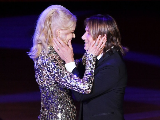 "Nicole Kidman Loves Being a ""Tour Wife"" to Keith Urban"