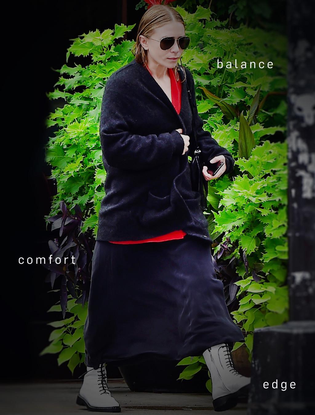 ESC: Mary-Kate Olsen