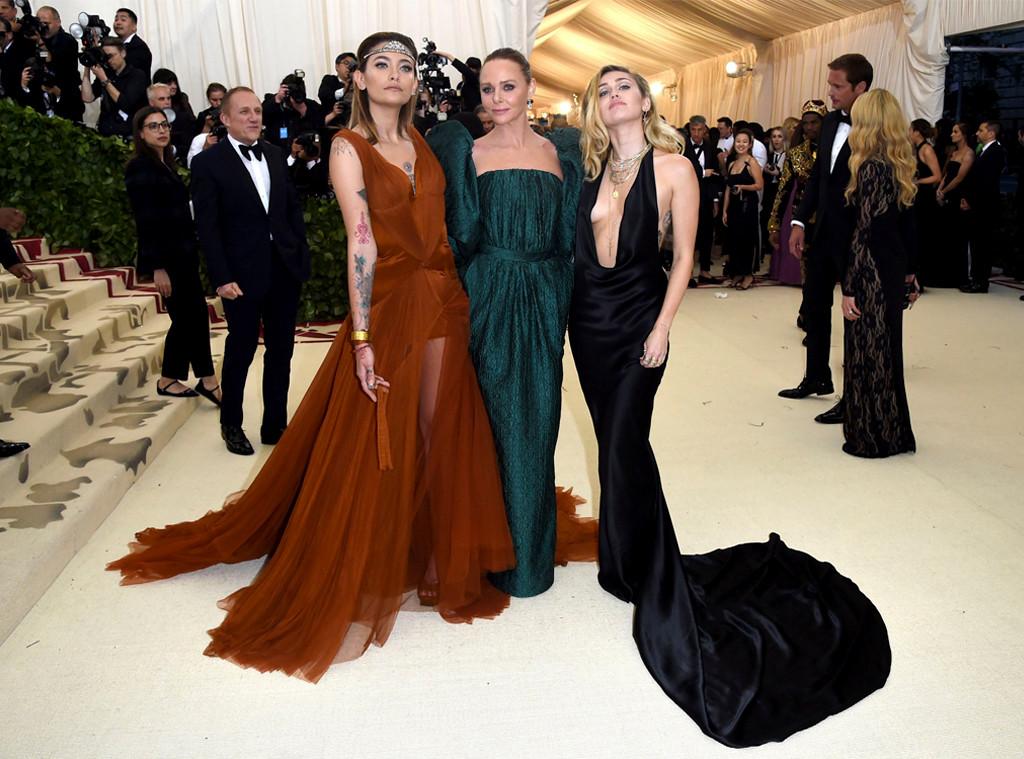 Paris Jackson, Stella McCartney, Miley Cyrus, 2018 Met Gala, Red Carpet Fashions