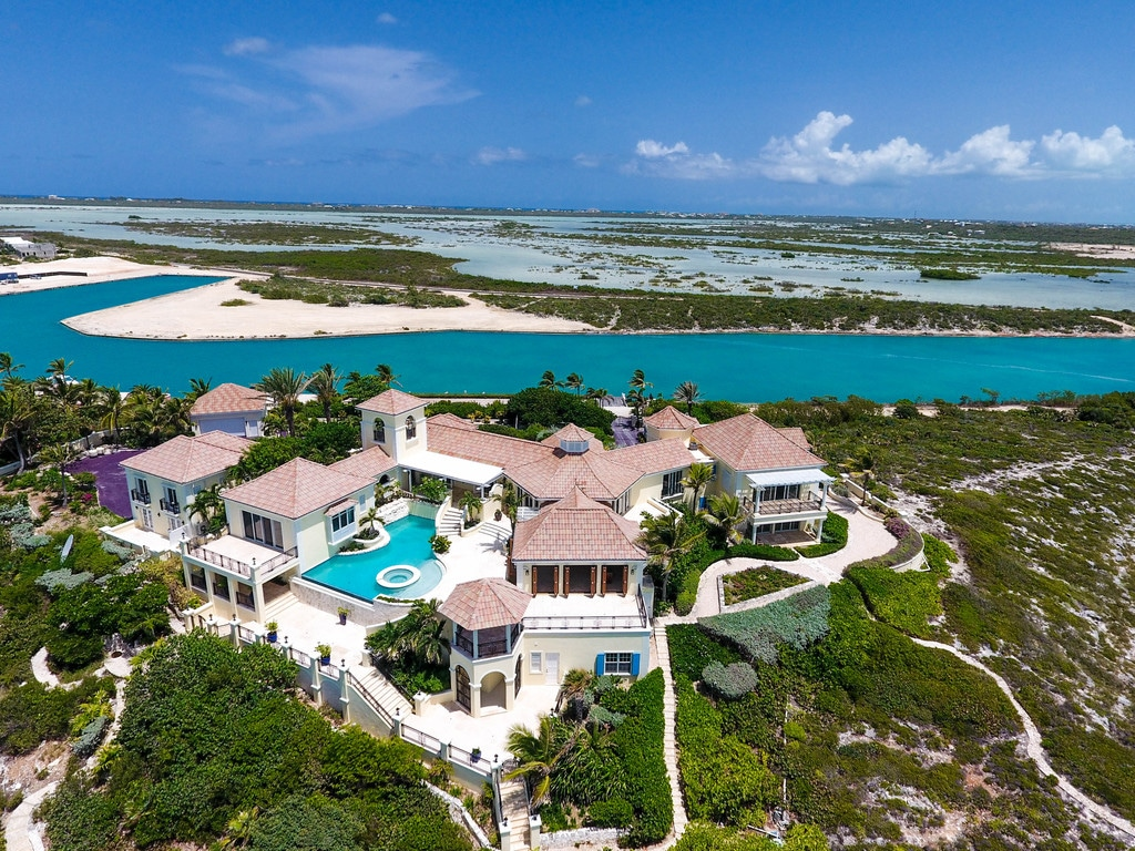 Prince, Turks and Caicos Property