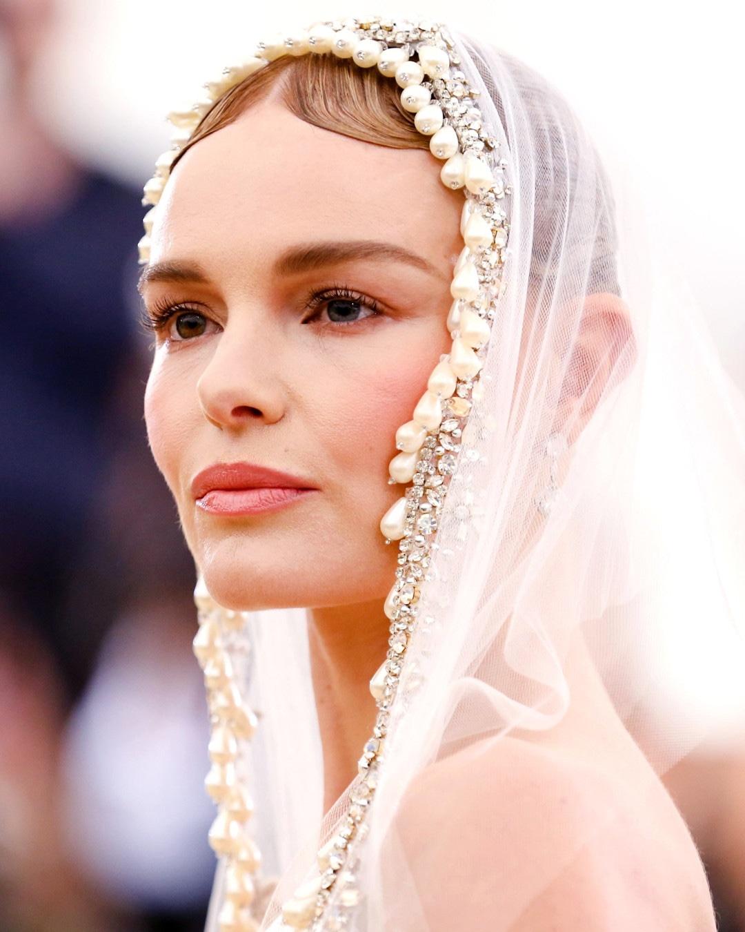 ESC: Kate Bosworth, Met Gala Beauty