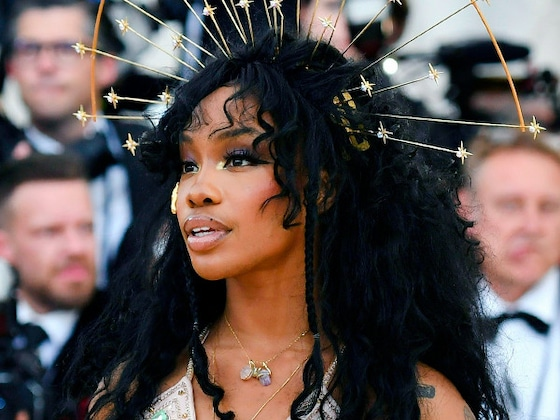 SZA's Rollercoaster Year: From A Platinum Debut Album to a Near Career-Ending Health Scare