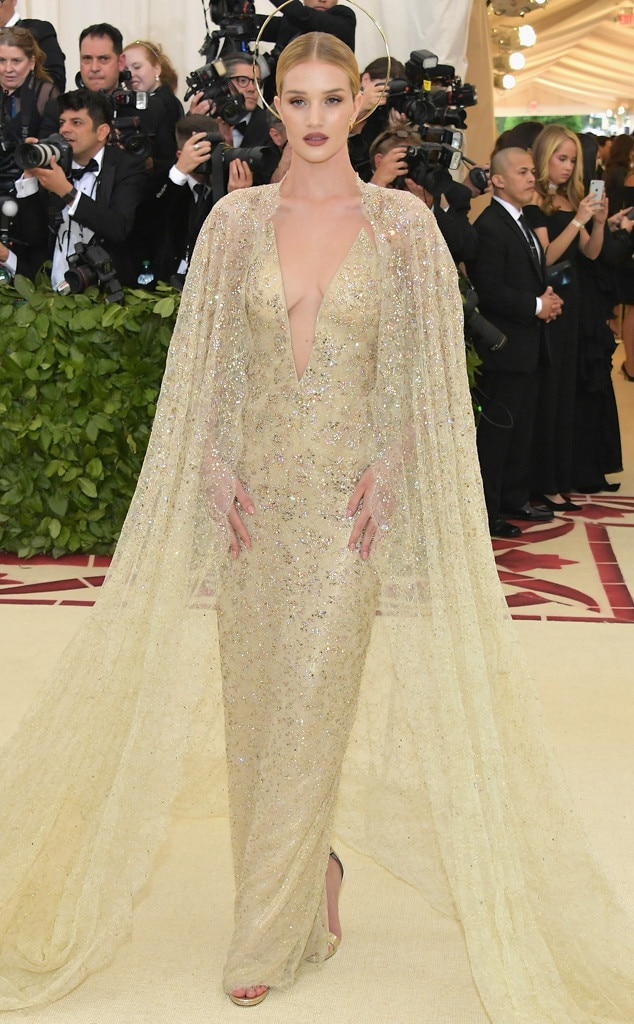 Rosie Huntington-Whiteley, 2018 Met Gala, Red Carpet Fashions