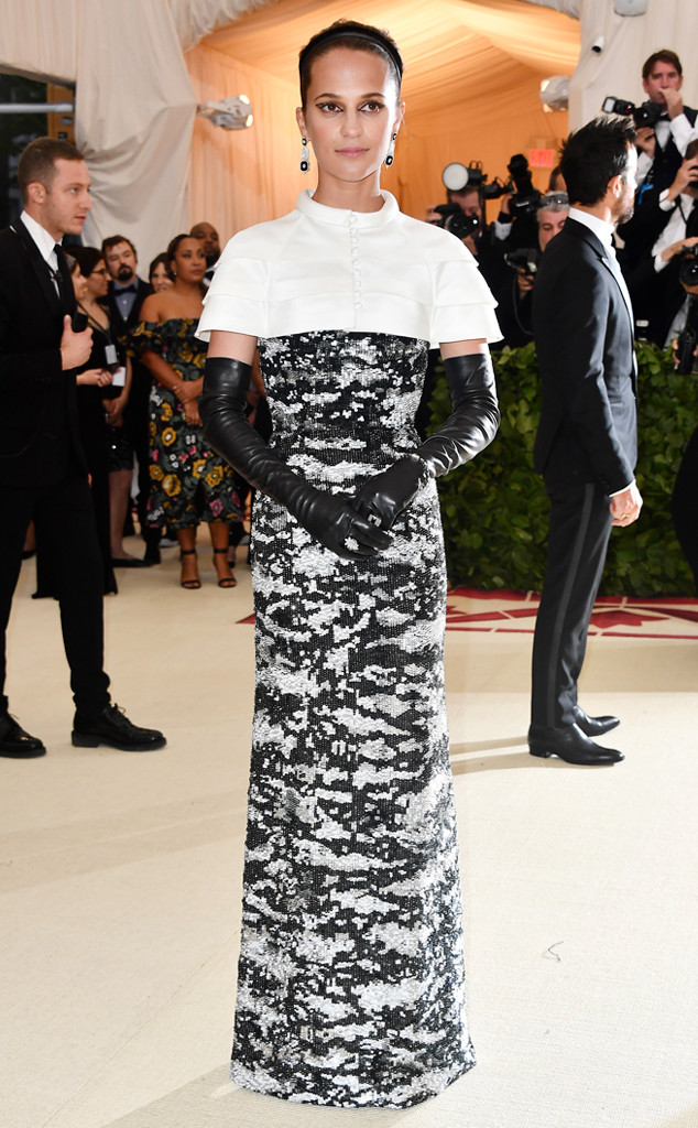 Alicia Vikander, 2018 Met Gala, Red Carpet Fashions